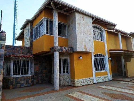 Townhouse Nuevo Lujoso Venta Maracay Nb 19-17983