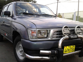 Toyota Hilux 4x2 1998 Petrolero 2l