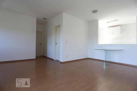 Apartamento No 10º Andar Com 2 Dormitórios E 1 Garagem - Id: 892944402 - 244402