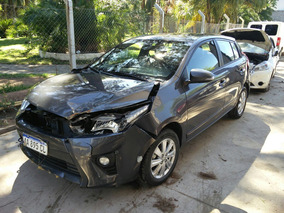 Toyota Yaris S Cvt 2 2017 Chocado Aa895cl Preventa!!