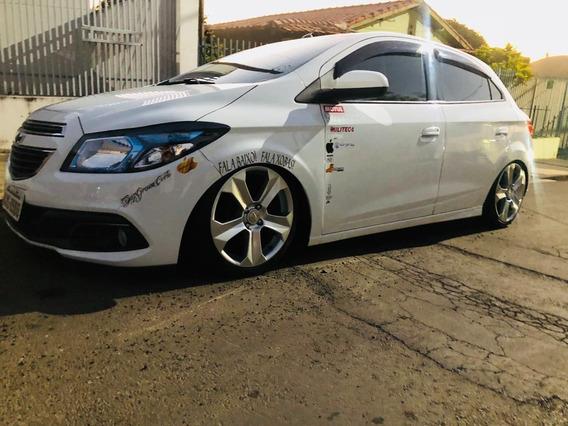 Chevrolet Onix 1.0 Com Suspensão A Ar Castor !