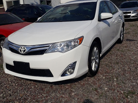 Toyota Camry 2.5 Xle L4/ At