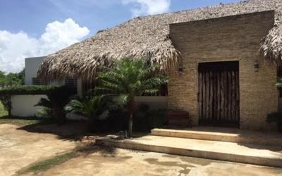 Vende Hermosa Y Amplia Villa En Metro Country Club Juan Doli