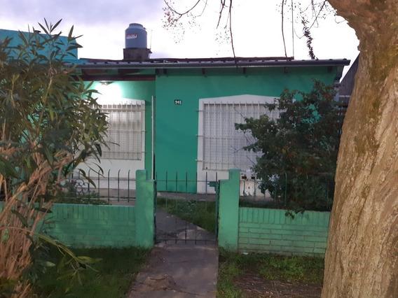 Dr Viviani Entre Brenan Y Rivadavia, Casa En Venta, Magdalena.-