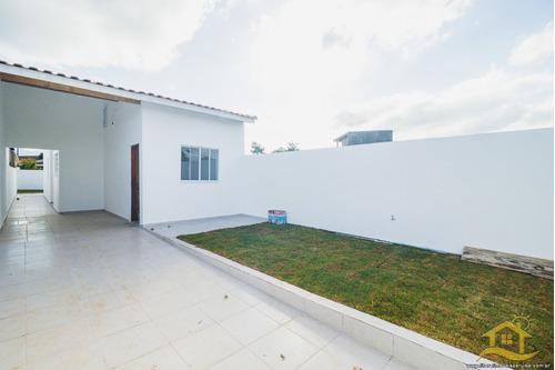Imagem 1 de 13 de Casa No Bairro Estância Dos Eucaliptos Em Peruíbe - 4896