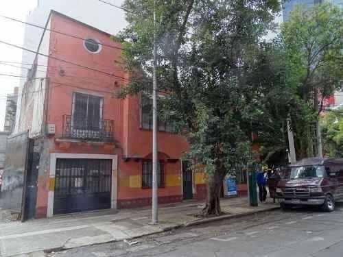 Se Vende Casa Uso De Suelo Hc 6/20 En La Colonia Cuauhtemoc.