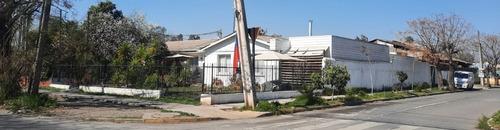 Imagen 1 de 27 de Casa De Esquina Remodelada 4 Años