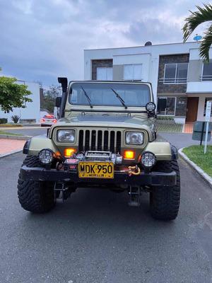 Jeep Wrangler Sahara 4x4 Y Bajo