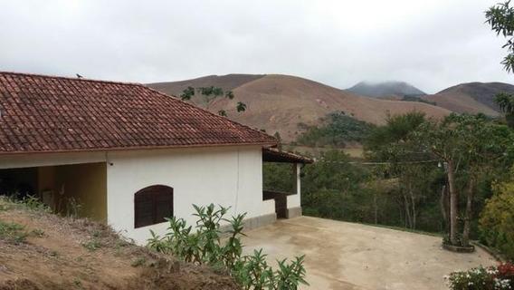 Casa 3 Quartos Com 2 Banheiros