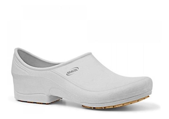 Sapato Flip Impermeável Branco Com Solado De Borracha Nº 43-