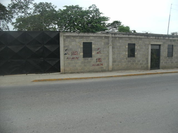 Casa En Venta El Cercado 0414-5450819 Flex: 19-9083