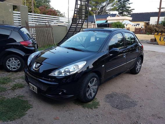 Peugeot 207 2012 1.4 Quiksilver 75cv
