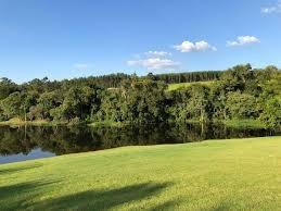 Linda Área De 600m² Com Vista Para A Natureza B