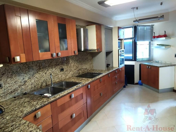 Apartamentos En Venta En Urb. El Parque 21-1458 Rg