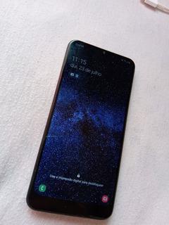 Celular Samsung Galaxy A20 Na Cor Azul