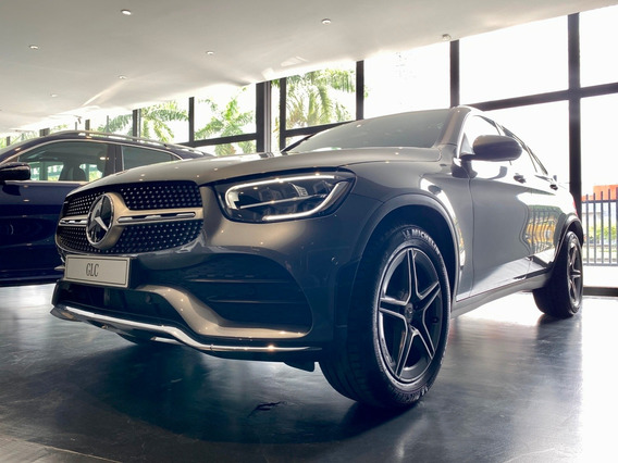 Mercedes Benz Glc 300 Amg Line 4*4 At 2021 - 0km Gris