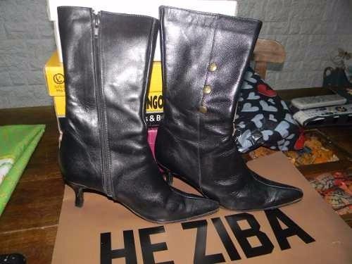 Botas De Cuero Negras Con Tachas N°39