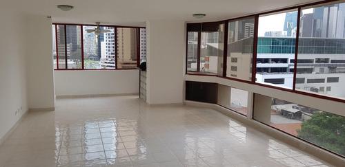 Imagen 1 de 14 de Venta De Apartamento De 163m2 En Ph Twin Towers, 20-8319