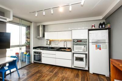 Studio No 7º Andar Mobiliado Com 1 Dormitório E 1 Garagem - Id: 892917816 - 217816