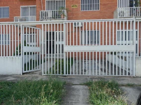 Apartamento En Venta Cabudare Rah Cod: 20-3375 Fr