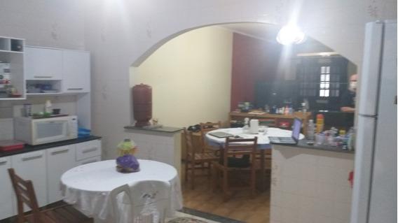 Casa 3 Qtos(1st) 3 Gars,sl Jantar+visita, Copa Coz $ 295.mil