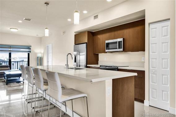 Departamento 3 Dormitorios 2 Baños 110 M2 En Miami