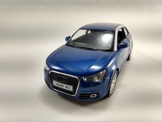 Miniatura Audi A1 Azul