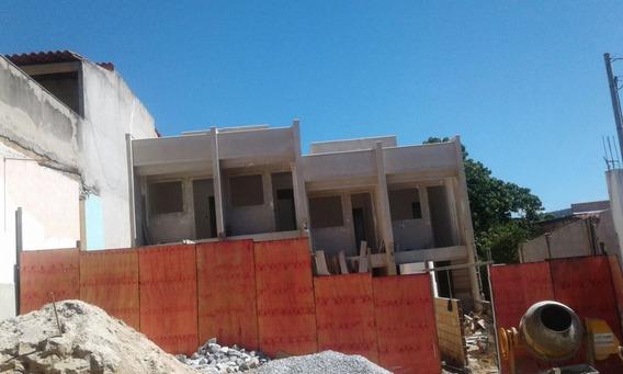 Casa Geminada Com 2 Quartos Para Comprar No Itacolomi Em Betim/mg - 1709
