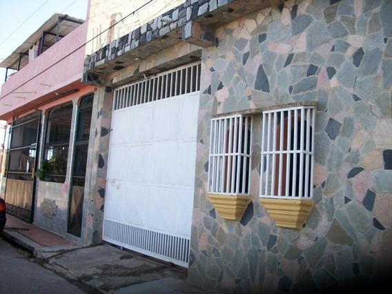 Se Vende Casa En Lomas De Funval Miguel Peña