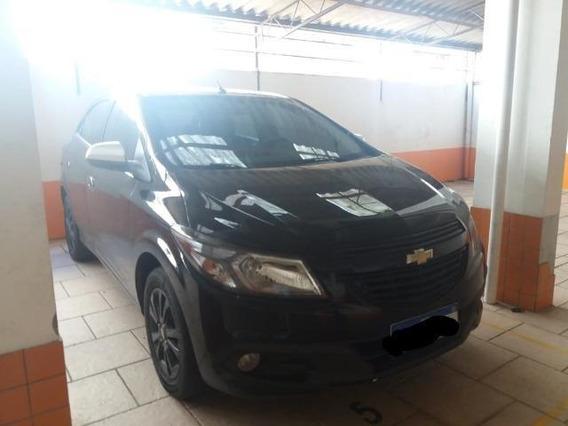 Chevrolet Onix 2015 1.0 Seleção 5p