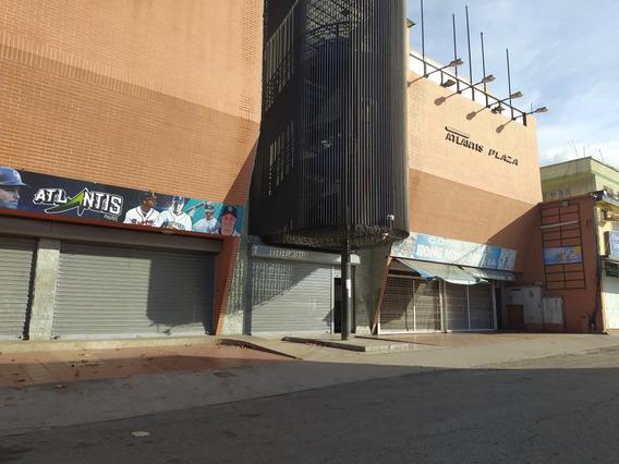 Local En Venta En Catia La Mar. C.c. Atlantic Plaza
