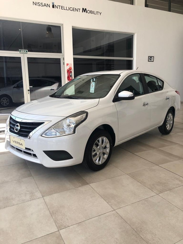 Nissan Versa V-drive Plus At
