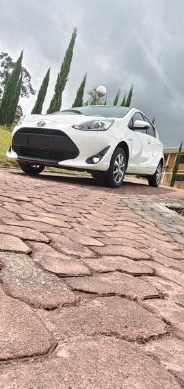 Toyota Prius Toyota Prius C Sport