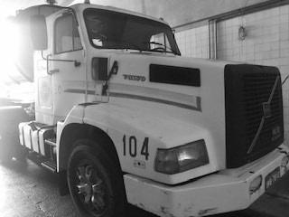 Caminhão Volvo Nl10-340 Em Ótimo Estado