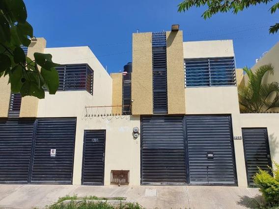 Casa Sola En Venta Plan De Ayala Norte