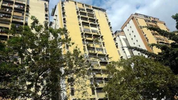 Apartamento En Urb El Centro Zp 20-8872 (04126789620)