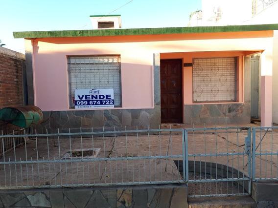 Se Vende Casa En Zona Céntrica De Bella Unión
