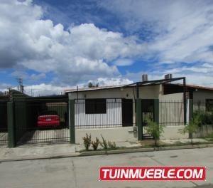 Casa En Venta En Ciudad Alianza Valencia 19-12811 Valgo