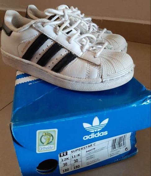Zapatillas adidas Originales.