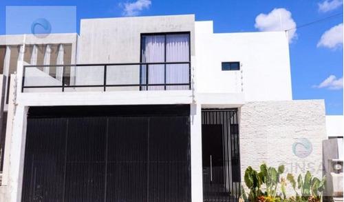 Imagen 1 de 11 de Preciosa Residencia Totalmente Nueva En Venta Al Nor-ote De La Ciudad Blanca, En La Col. Leandro Valle, Yuc.