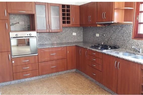 Casa 2 Dormitorios Barrio Belgrano
