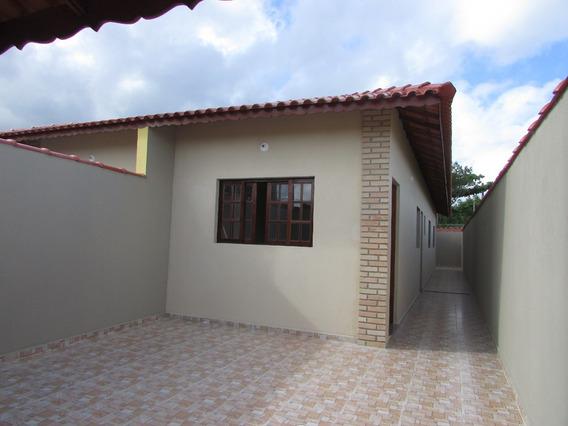 92- Casa Á Venda Com 62 M², 2 Dormitório Sendo 1 Suíte.