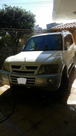 Mitsubishi Montero Full