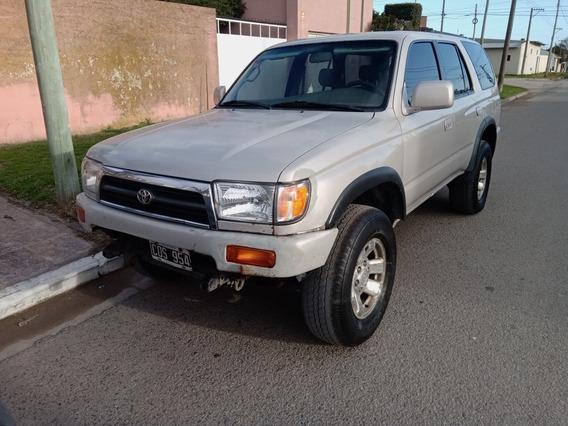 Toyota Hilux 4 X 4 Diesel 3.0