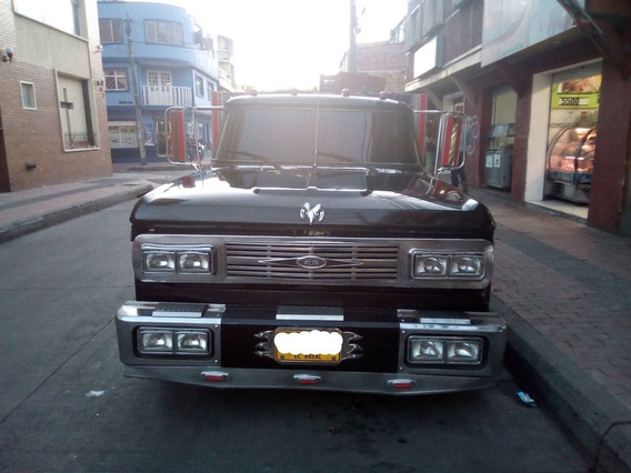 Vendo Camioneta Dodge Clasica