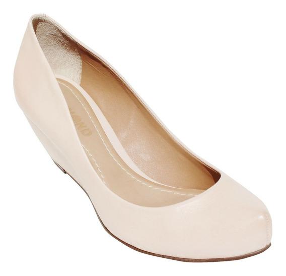 Sapato Anabela Dumond Em Couro Fechado Nude 4108507