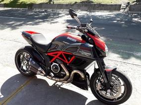 Ducati Diavel Carbon 2011 1200cc