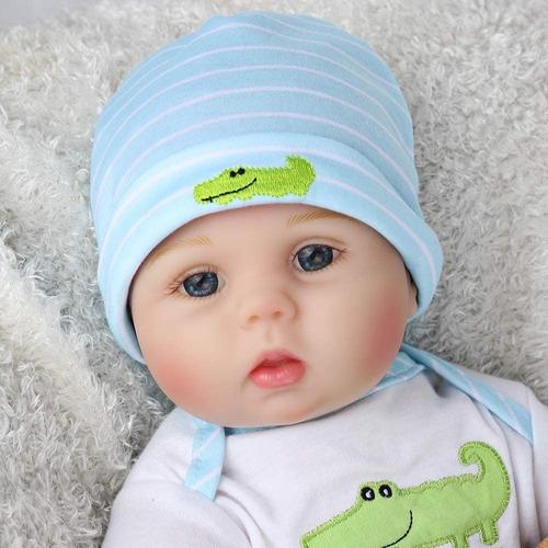 Imagen 1 de 6 de Muñeca Bebe Realista Reborn Tamaño 55cm Con Peluche Y Ropa