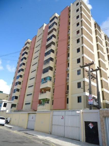 Belissimo Apartamento No Bairro De Fátima - Ap3898