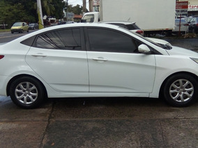 Hyundai Accent Blanco 2014 Negociable.